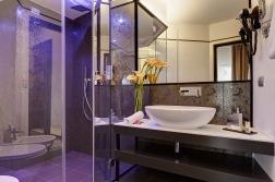DHARMA HOTEL_ ROMA_ RISTRUTTURAZIONE ALBERGHI_BAGNO_ARCHITETTO FAUSTO DI ROCCO