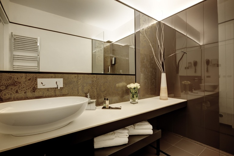 DHARMA HOTEL_ ROMA_
