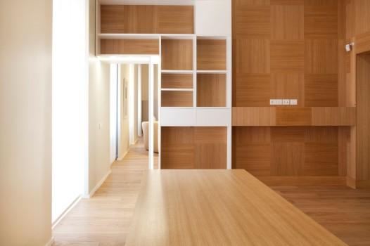 ristrutturazione di interni, progetto fastlabarchitetti, parete con rivestimento in legno
