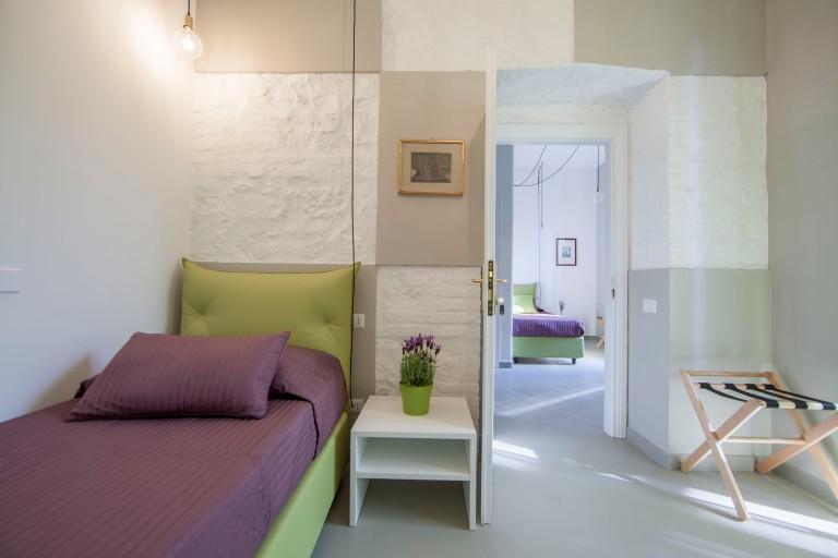B&B_green_bedroom_fastlabarchitetti_04_architecture
