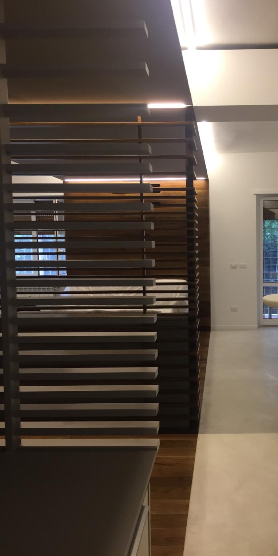 fastlabarchitetti_01_design_interni_legno_specchio_architettura_